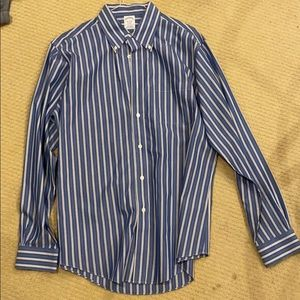 Brooks Brothers Regent Button Down Size Large